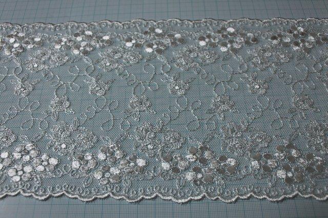 画像3: 3m!幅14.5cm小花の刺繍が美しい柄チュールレース オフホワイト