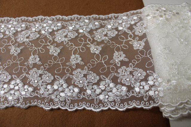 画像4: 3m!幅14.5cm小花の刺繍が美しい柄チュールレース オフホワイト