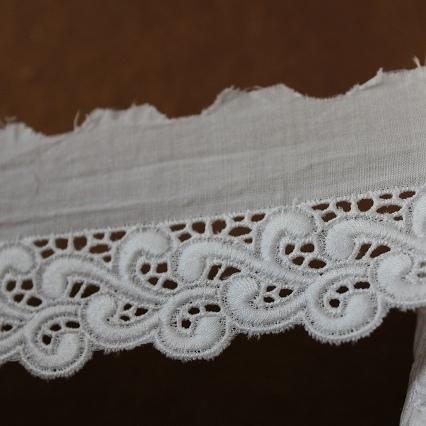 画像1: 13m!幅4.9cmボリュームのある波柄綿レース ホワイト (1)
