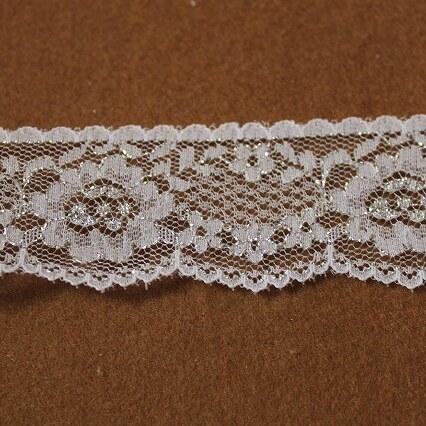 画像1: ラッセルレース シルバーラメ/ホワイト5m!3.4cm花柄 (1)
