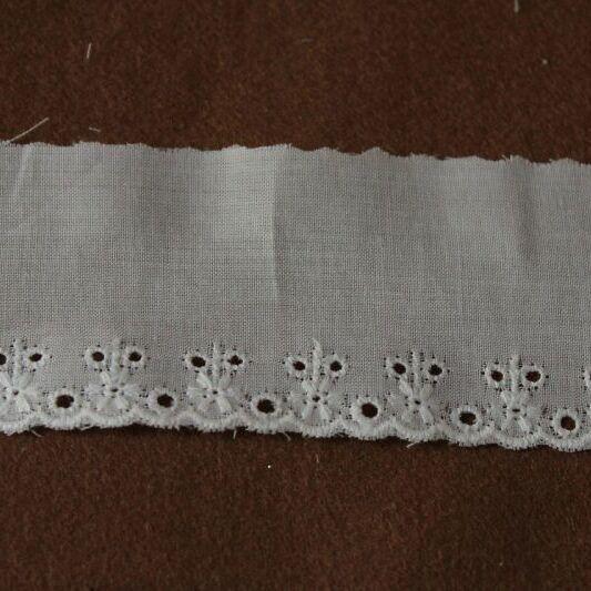 画像1: 3m巻!幅4.3cm可愛い小花柄綿レース オフホワイト 日本製 (1)