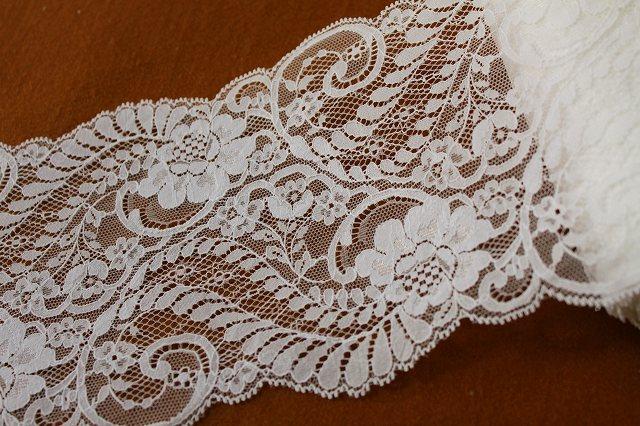 画像1: 1.8m!幅14cm!複雑なデザインが美しい、薔薇柄ラッセルレース オフホワイト (1)