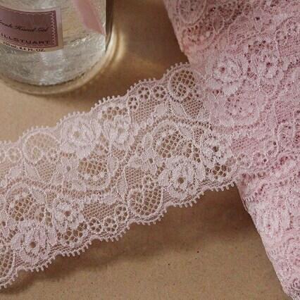 画像1: ラッセルストレッチレース ピーチピンク 幅5.7cm美しい薔薇柄 5m巻 (1)