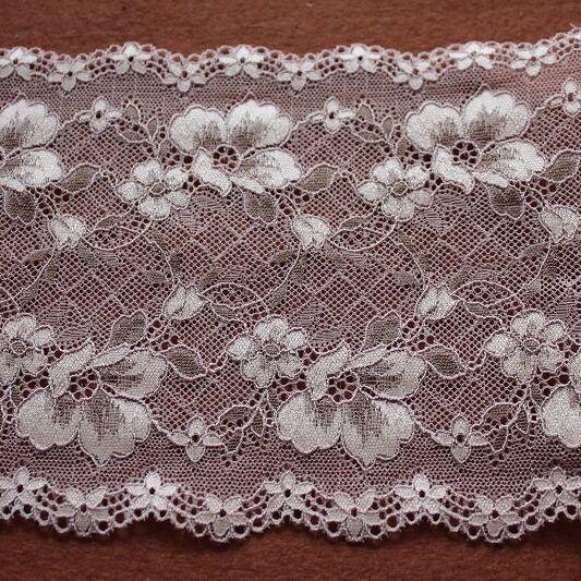 画像1: ラッセルストレッチレース ピンク 幅16.5cm 花柄 3m巻 (1)
